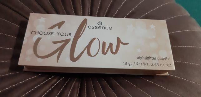 Nowa paleta rozswoetlaczy essence choose your glow