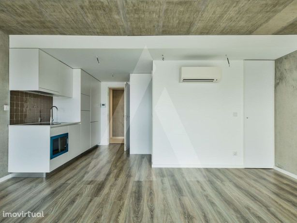 Apartamento T0 como novo no centro de Aveiro