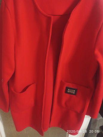Włoski Czerwony płaszczyk,żakiet,narzutka