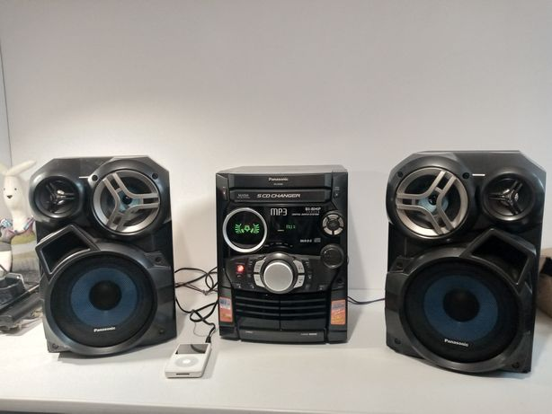 Wieża Panasonic SA-Ak320, zmieniarka na 5 płyt, MP3/CD