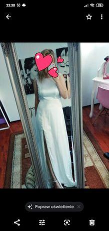 Biala sukienka maxi