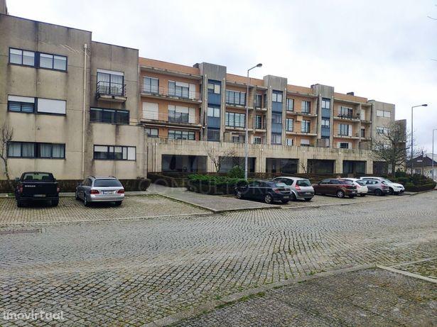 Apartamento T2 a 200 mts do ISMAI no Castelo da Maia
