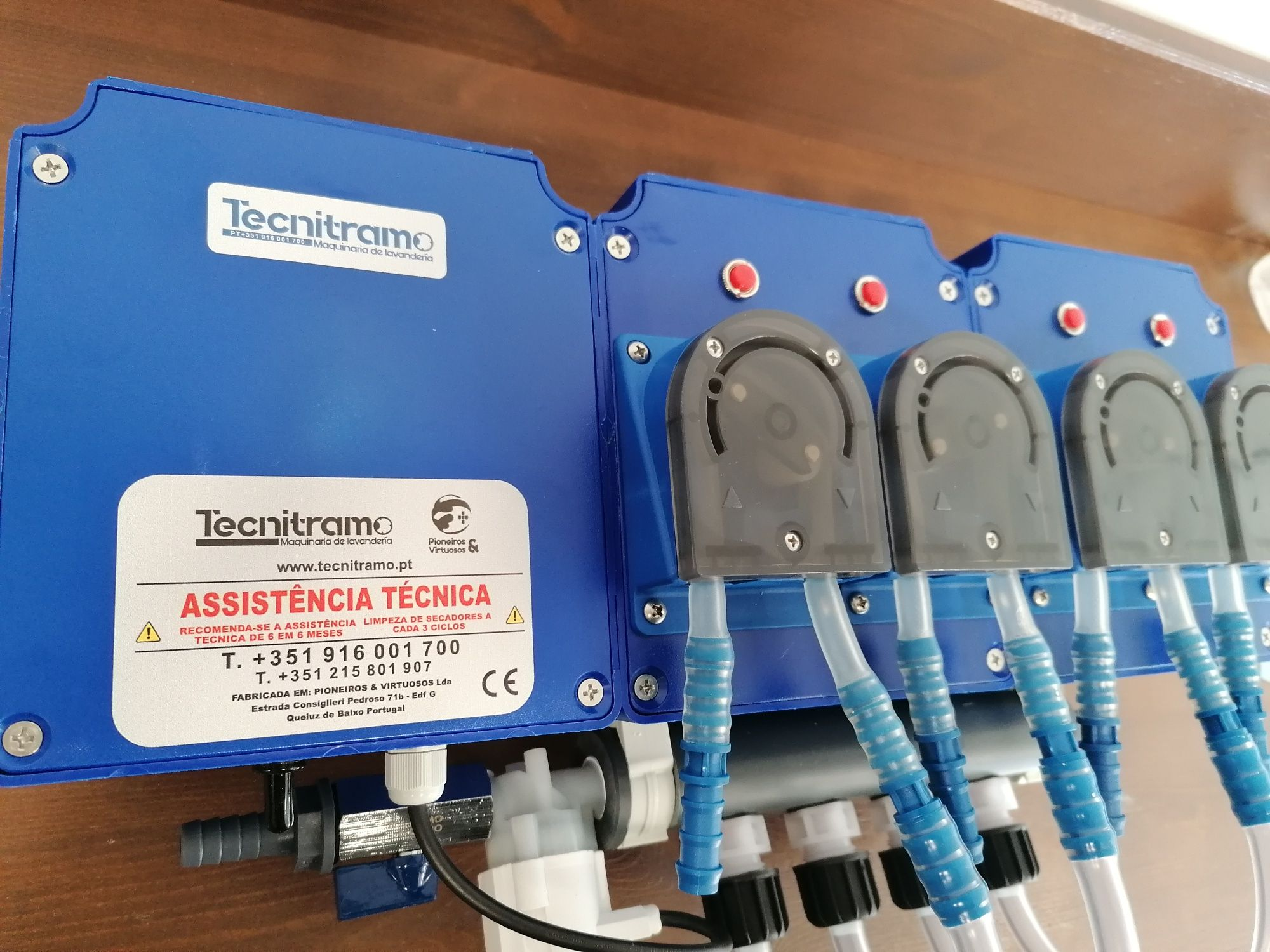 Projecto de lavandaria Self-service e doseadores automáticos