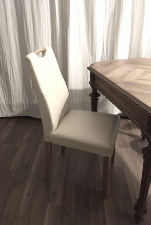 Krzesło tapicerowane kremowe eko skóra z uchwytem