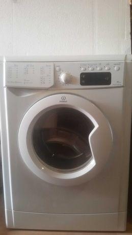 стиральная машина Индезит под ремонт или запчасти