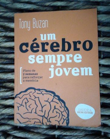 Livro Um cérebro sempre jovem de Tony Buzan