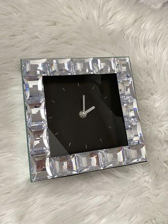 Nowy zegar glamour srebrny krysztalki