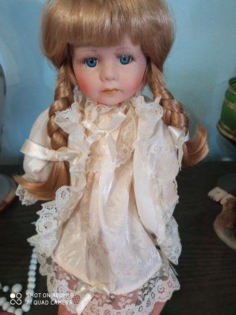 Англия винтажная фарфоровая куколка Leonardo