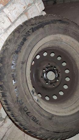 Opony uniroyal 175/70 r13 82t z felgami stalowymi Seata Cordoba