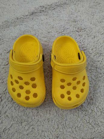 Buty dziecięce Crocs roz. 20