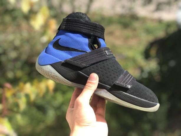 Nike lebron james soldier 40p баскетбольні кроси