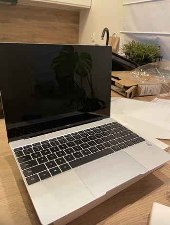 Sprzedam laptopa HUAWEI MATEBOOK X 2020