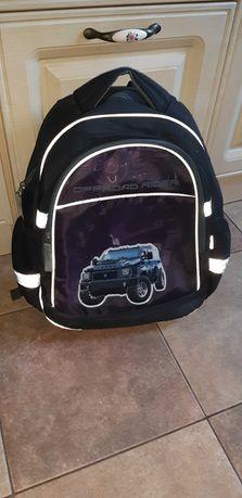 Продам ортопедический  рюкзак KITE школьный для мальчика,цену снизила
