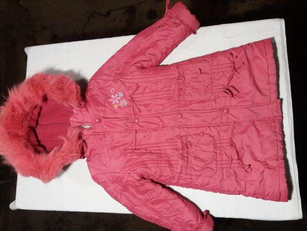 Детская зимняя куртка KIKO в хорошем состоянии для девочки 4 - 6 лет.