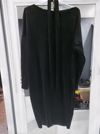 Sukienka czarna welurowa