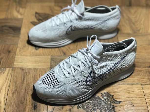 Кроссовки для бега Nike FLYKNIT