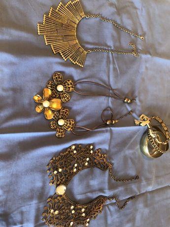 3 colares e pulseiras