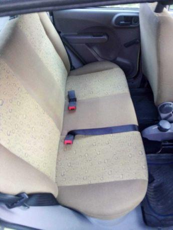 Pranie tapicerek i dywanów u klienta lub na miejscu