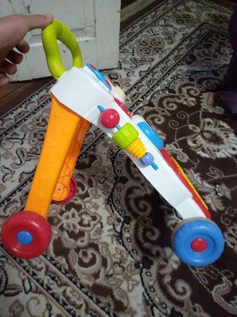 Іграшка ходунець