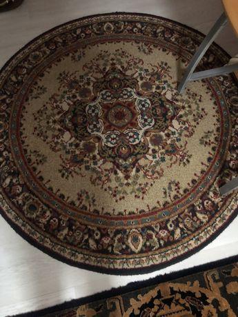 Carpete redonda
