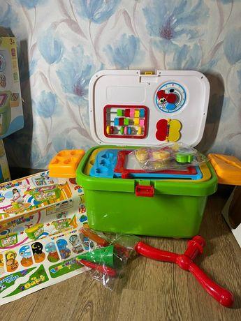 Игровой набор YESWILL Письменный стол на колесах