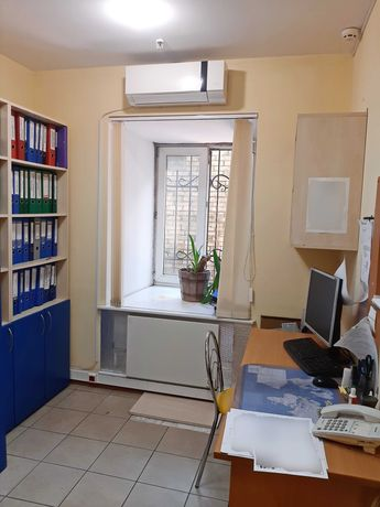 Продажа - офис  68м, ул. О. Гончара 37а, нежилой фонд, владелец, торг