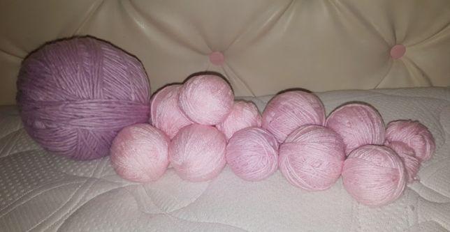 Цена за всё. 552 грамма акрила розовых оттенков. Отличное качество.