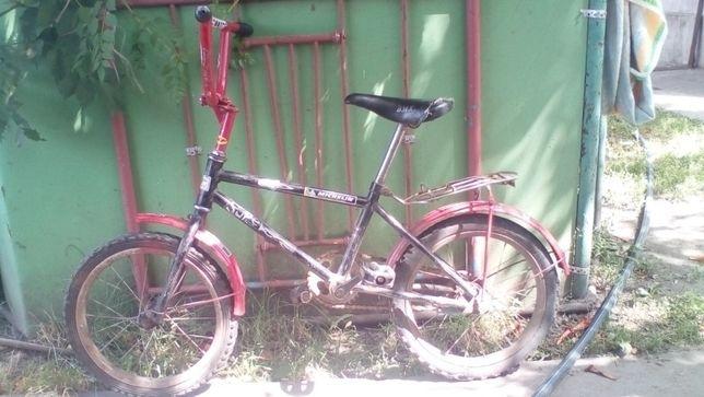 Велосипед детский от 3 лет до 5 лет( б/у).