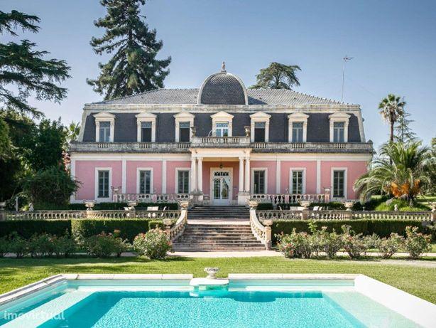 Palacete construído em 1880 pela Nobreza Portuguesa
