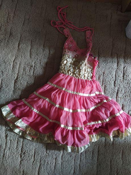 Платья на девочку. Одежда
