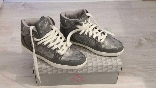 Nowe buty damskie szaro-srebrne u&me rozm.38