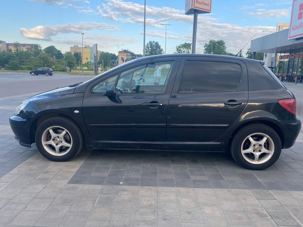 sprzedam samochód Peugeot 307 1.6 benzyna (2005 rok)