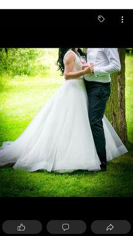 Suknia ślubna bez uszkodzeń plus 2 welony rozm 36-40