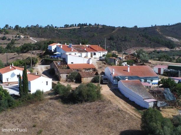 Ruína com terreno rústico parte urbanizável e agricola em...