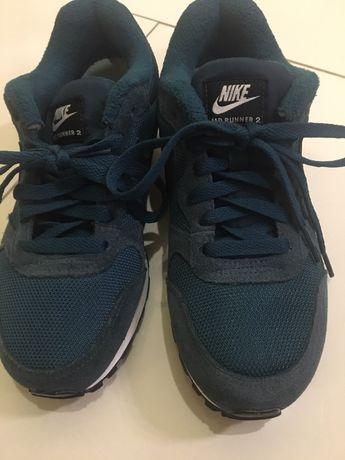 """Кросівки """"NIKE"""" , класична модель"""