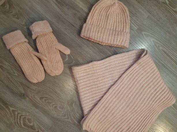Шапка, шарф и варежки зима