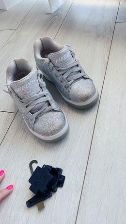 Кроссовки на колосиках
