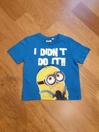 Детская футболка с миньонами, рост 98 см.