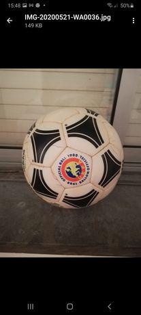 Bola futebol ADIDAS - OFICIAL CAMPEONATO EUROPEU  DE 1988