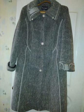 Пальто женское р. 52