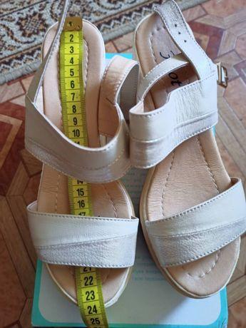 Туфли, босоножки ,(бутсы) детские