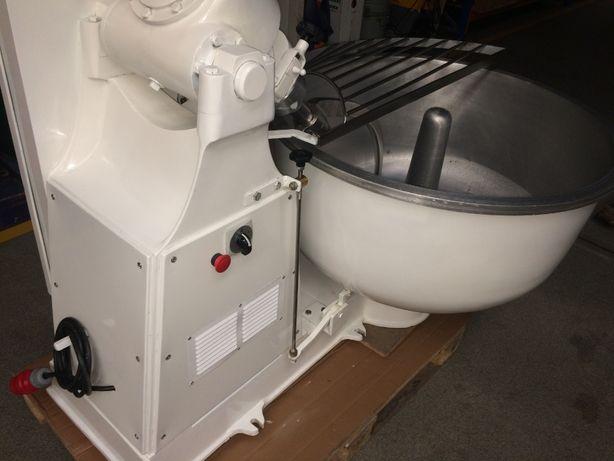 Amassadeira garfo semi nova, máquina padaria pastelaria massas pão