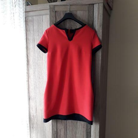 Elegancka sukienka ciążowa czerwona