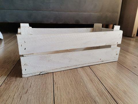 Jasne, drewniane skrzynki 7 sztuk