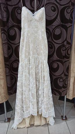Шикарное свадебное платье от alvina valenta