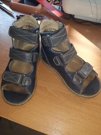 Ортопедическая обувь 25р