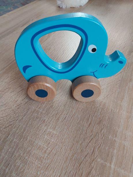 Zabawka drewniana słonik- autko