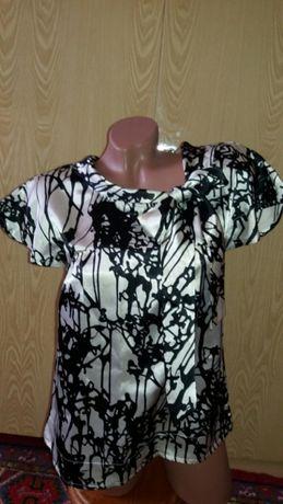 Продам блузу 44-46 размера