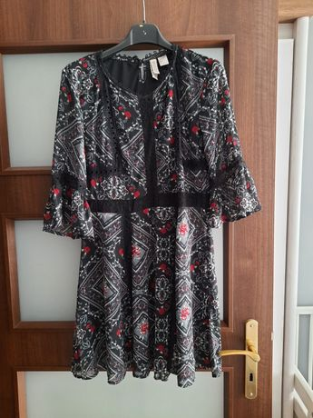 Krótka szyfonowa sukienka H&M M