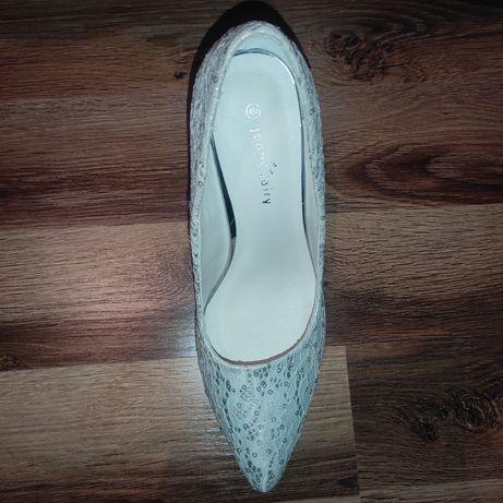 Buty ślubne, szpilki, czółenka koronkowe 40